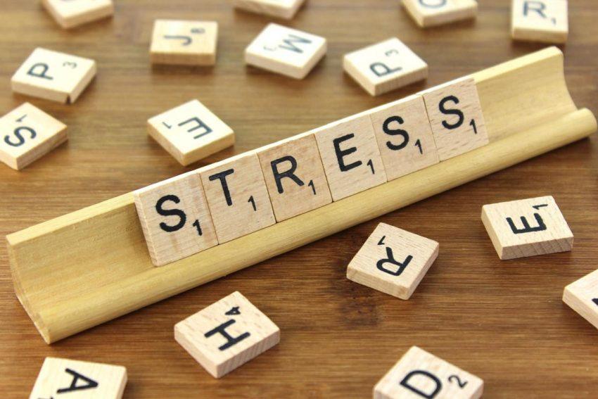 J-100: Quand le stress monte